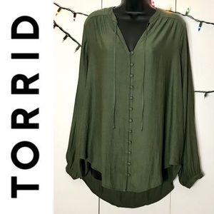Torrid Green Long Sleeve Peasant Top w/Hi Lo Hem